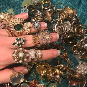 VTG HUGE Lot of Costume Rings